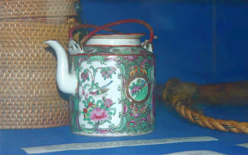 Slider Image 5_Chinese Tea Pot