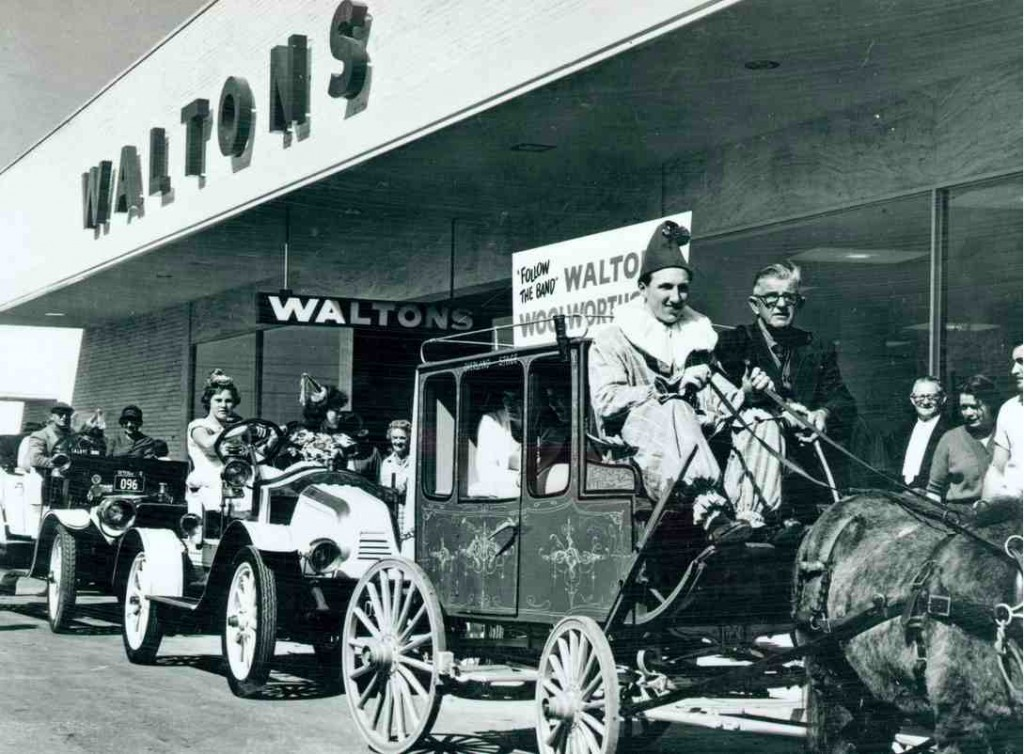 Vintage car and coach at Walton's opening parade 21/9/1961 [Bankstown City Library Photograph Collection]