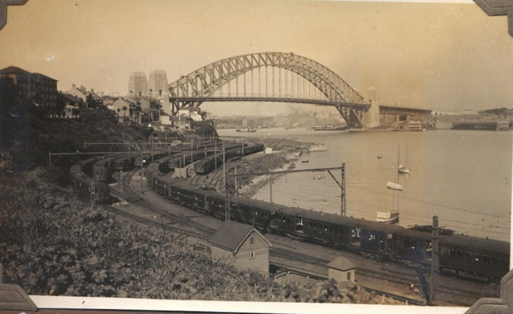 9 Sydney Harbour Bridge from Lavender Bay 1934 RAHS