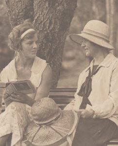 Elaine and Lady Enid de Chair, 1928 [Photograph courtesy of Diana Daly, Elaine de Chair's daughter]